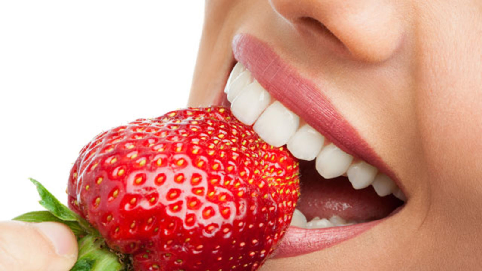 5 Foods that Can Whiten Your Teeth